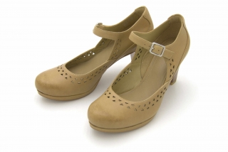 Clarks Chorus Chime TAN LEATHER